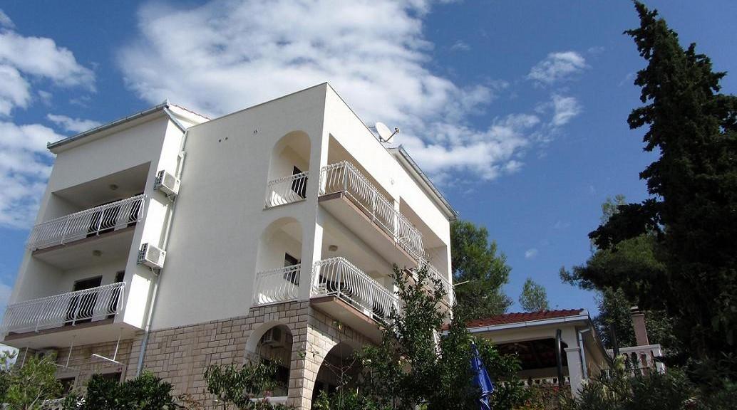 Апартаменты в Хорватии villa Punta Liveli