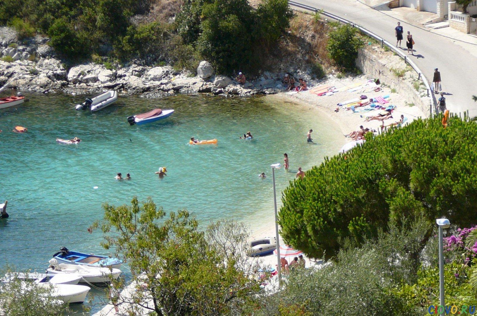 the beach in Mavarstica